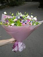 Mixed pink bouquet image 0